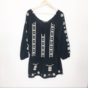 Anthropologie lilka boho embroidered peasant top